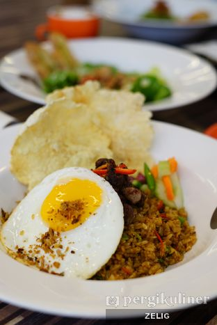Foto 6 - Makanan di Mokka Coffee Cabana oleh @teddyzelig