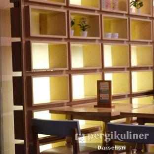Foto 10 - Interior di Hummingbird Eatery oleh Darsehsri Handayani