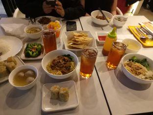 Foto 1 - Makanan di Bakmi GM oleh Ovina Nerisa