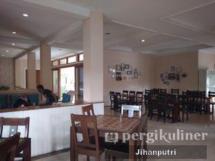 Foto 4 - Interior di Tree House Cafe oleh Jihan Rahayu Putri