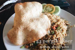 Foto 1 - Makanan(Nasi Goreng Ikan Asin) di Kok Tong Kopi oleh Melody Utomo Putri