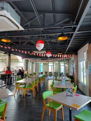 Foto 9 - Interior di Bounce Cafe oleh Mouthgasm.jkt