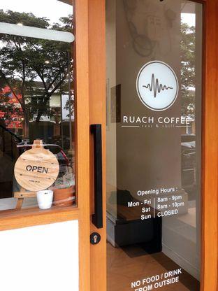 Foto 4 - Eksterior di Ruach Coffee oleh kdsct