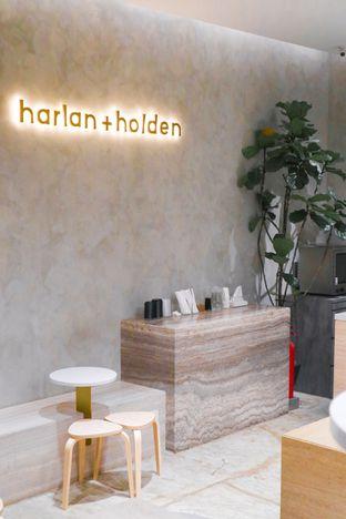 Foto 7 - Interior di Harlan + Holden Because Coffee oleh thehandsofcuisine