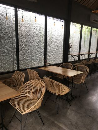 Foto 12 - Interior di Hakuna Matata oleh Prido ZH