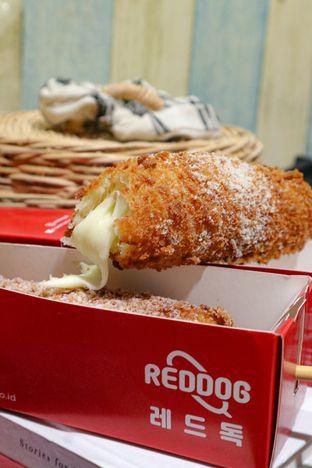 Foto 3 - Makanan di Reddog oleh thehandsofcuisine