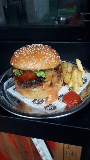 Foto 7 - Makanan di Burgertard oleh Nadia Indo