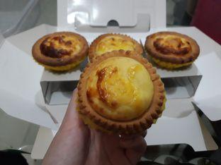 Foto - Makanan di Hokkaido Baked Cheese Tart oleh Makan2 TV Food & Travel