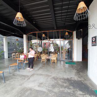 Foto 5 - Eksterior di Portal Coffee & Eatery oleh Adhy Musaad