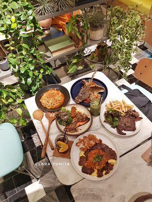 Foto review Devon Cafe oleh Clara Yunita 10