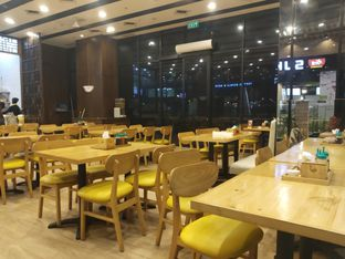 Foto 9 - Interior di Golden Lamian oleh Rans