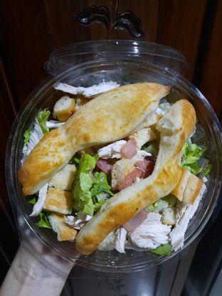Foto 2 - Makanan di Pizza Marzano oleh thehandsofcuisine