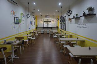 Foto 16 - Interior di Koma Cafe oleh yudistira ishak abrar