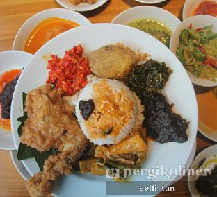 Foto 1 - Makanan di Padang Merdeka oleh Selfi Tan