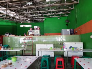 Foto 9 - Interior di Mie Ayam Uban oleh ig: @andriselly