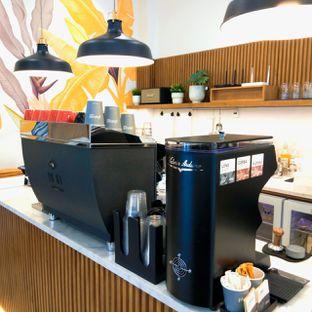 Foto 33 - Interior di Platon Coffee oleh duocicip