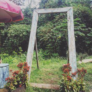 Foto 9 - Eksterior di Waroeng Kopi Modjok (Warkop Modjok) oleh Astrid Huang | @biteandbrew