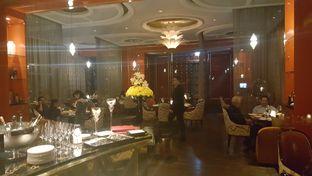 Foto review Alto Restaurant & Bar - Four Seasons oleh Vising Lie 7