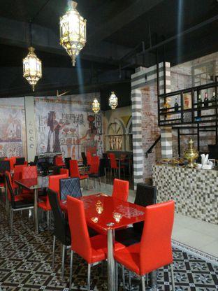 Foto 2 - Interior di Roastworks Coffee and Shisha oleh Lili Alexandra