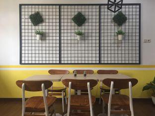 Foto 1 - Interior di Koma Cafe oleh Shinta Devi || @jajandulu.ah