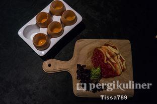 Foto 7 - Makanan(mangga dan semangka) di Namaaz Dining oleh Tissa Kemala