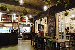 Foto 14 - Interior di Onni House oleh iminggie