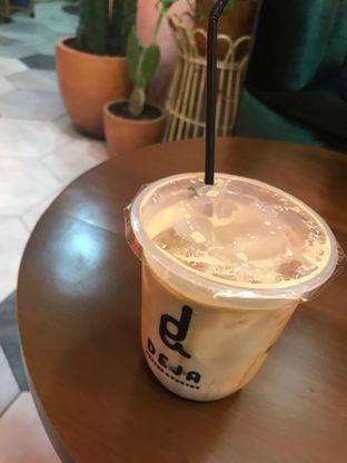 Foto - Makanan di Deja Coffee & Pastry oleh vemmie