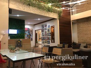 Foto 7 - Interior di Visma Coffee oleh Delavira