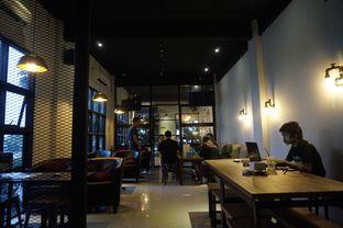 Foto 13 - Interior di KRAH Coffee & Cuisine oleh yudistira ishak abrar