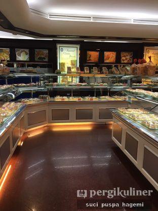 Foto review Holland Bakery oleh Suci Puspa Hagemi 7