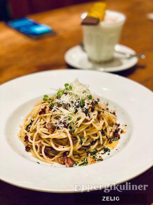 Foto 3 - Makanan(Spaghetti Aglio Olio) di Benedict oleh @teddyzelig