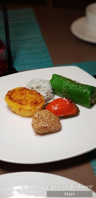 Foto 4 - Makanan di The Square - Hotel Novotel Tangerang oleh @teddyzelig