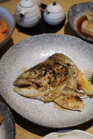 Foto 1 - Makanan di Sushi Hiro oleh Nanakoot