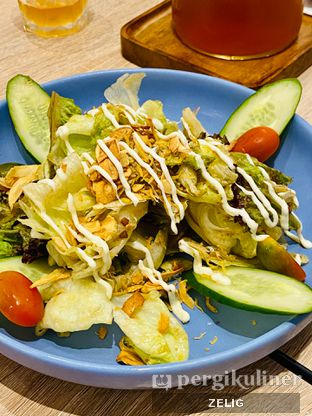 Foto 1 - Makanan(Garden Salad) di Fish & Co. oleh @teddyzelig