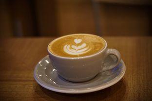 Foto 3 - Makanan(Cappuccino) di Kopi Warga oleh Fadhlur Rohman
