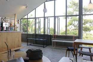 Foto 3 - Interior di Mana Foo & Cof oleh Tristo