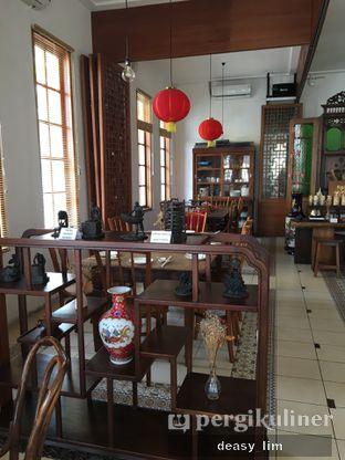 Foto 14 - Interior di Pantjoran Tea House oleh Deasy Lim