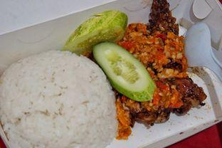 Foto 1 - Makanan(Nasi Ayam Geprek Bakar) di Ayam Geprek Bunda oleh Fadhlur Rohman