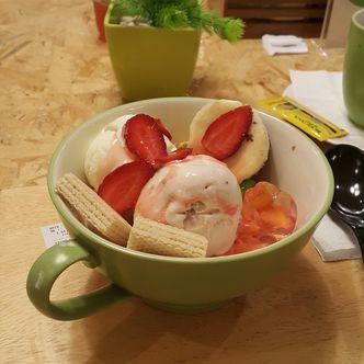 Foto Makanan di Kamo Kuma & Creme Cakery