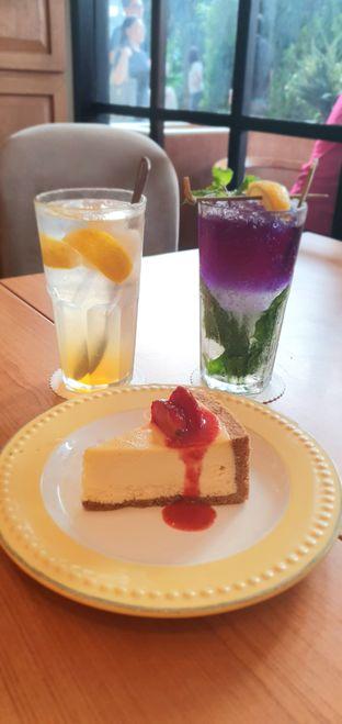 Foto 1 - Makanan di Bakerzin oleh BiBu Channel