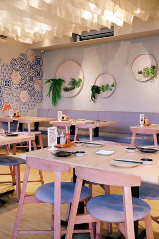 Foto 13 - Interior di Sekai Ramen & Sushi oleh Indra Mulia
