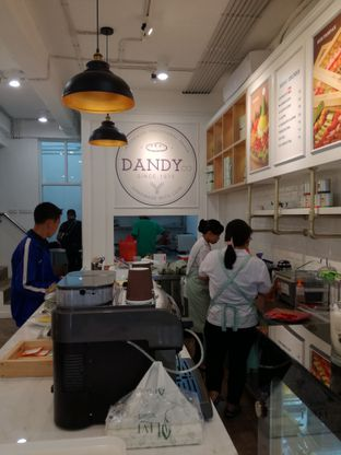 Foto review Dandy Co Bakery & Cafe oleh Lili Alexandra 1