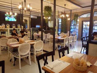 Foto 3 - Interior di Rasa Rasa Indonesian Cuisine oleh Namira