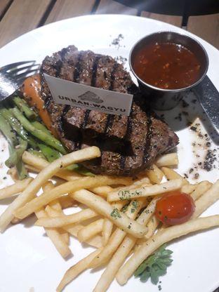 Foto 2 - Makanan(sanitize(image.caption)) di Urban Wagyu oleh Lely08