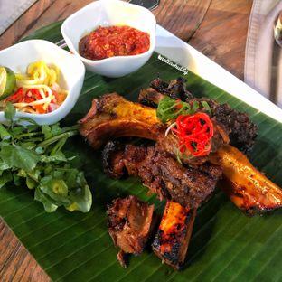 Foto 1 - Makanan(Konro Bakar) di Bunga Rampai oleh Stellachubby