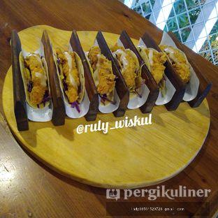 Foto 8 - Makanan di Bottlenose Shack oleh Ruly Wiskul