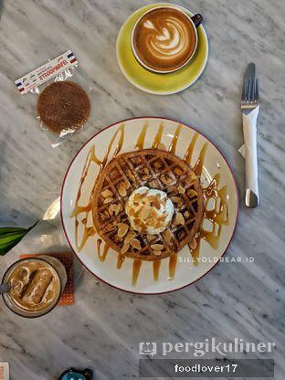 Foto review BROWNFOX Waffle & Coffee oleh Sillyoldbear.id  9