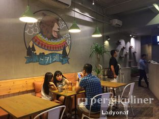 Foto 2 - Interior di Three Bears oleh Ladyonaf @placetogoandeat