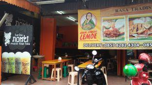 Foto 2 - Eksterior di Ayam Goreng Lemoe oleh Review Dika & Opik (@go2dika)