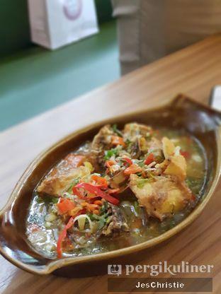 Foto 4 - Makanan(Ayam Rica-Rica) di Aromanis oleh JC Wen